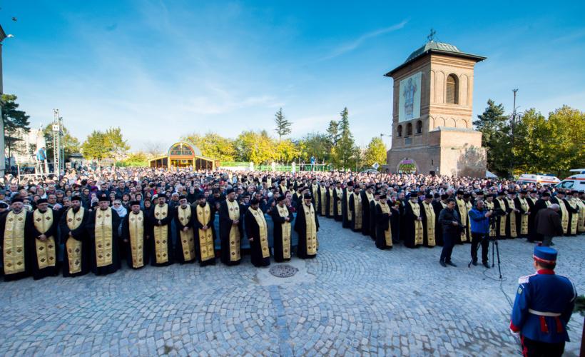 liturghie-hramul-catedralei-105